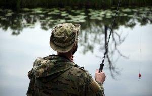 fishing-на-реке-рыбак